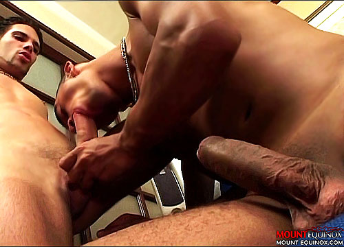 Straightie Goes Bareback On Masseur