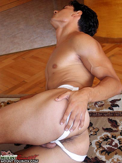Jonathan's Free Gay Pictures