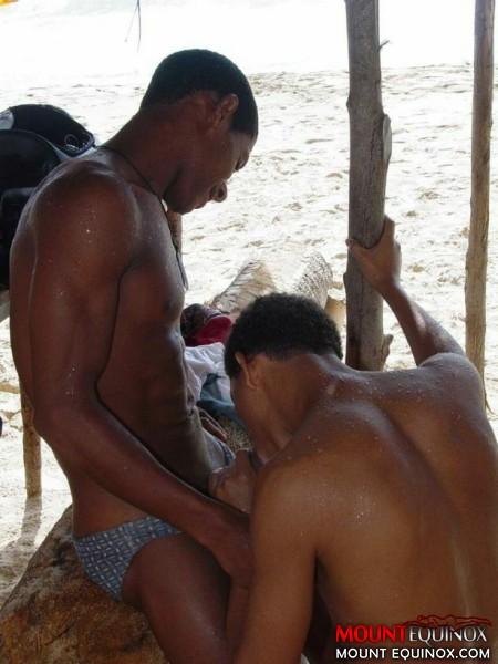 Juan & Yunny & Wilkin & Joel's Free Gay Images