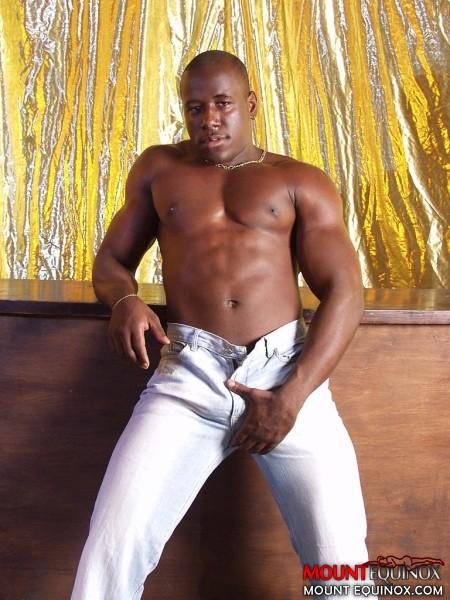 Rodrigo's Free Gay Images