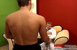 Hot Jock Barebacks Twink #1: Free Gay Video